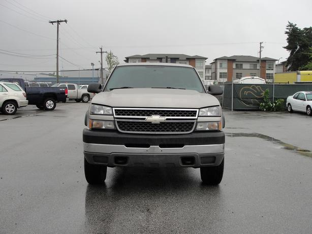 2005 Chevrolet Silverado 2500hd Ext Cab Long Box 4x4 6 Speed Diesel Surrey  Incl  White Rock