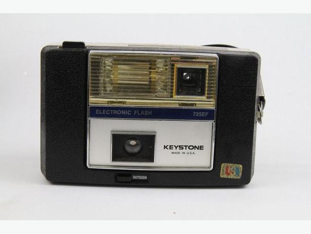 KEYSTONE ELECTRONIC FLASH 725EF 35 MM CAMERA