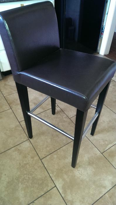 Bar stool West Shore LangfordColwoodMetchosinHighlands  : 48602495934 from www.usedvictoria.com size 396 x 700 jpeg 33kB