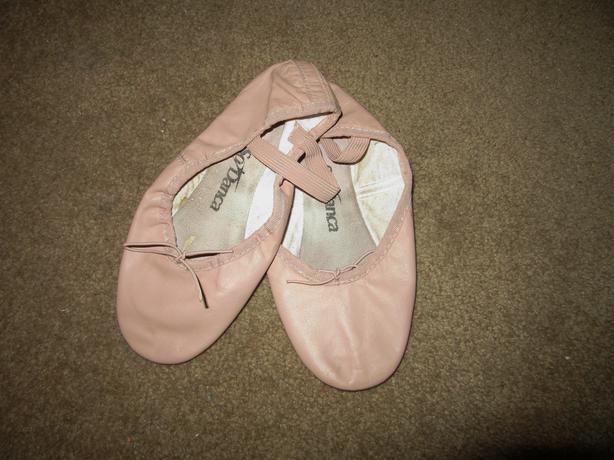 Ballet shoes by Danca size 2 1/2 light pink