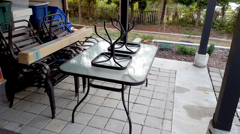 12 piece patio dining set saanich victoria for Used patio dining sets
