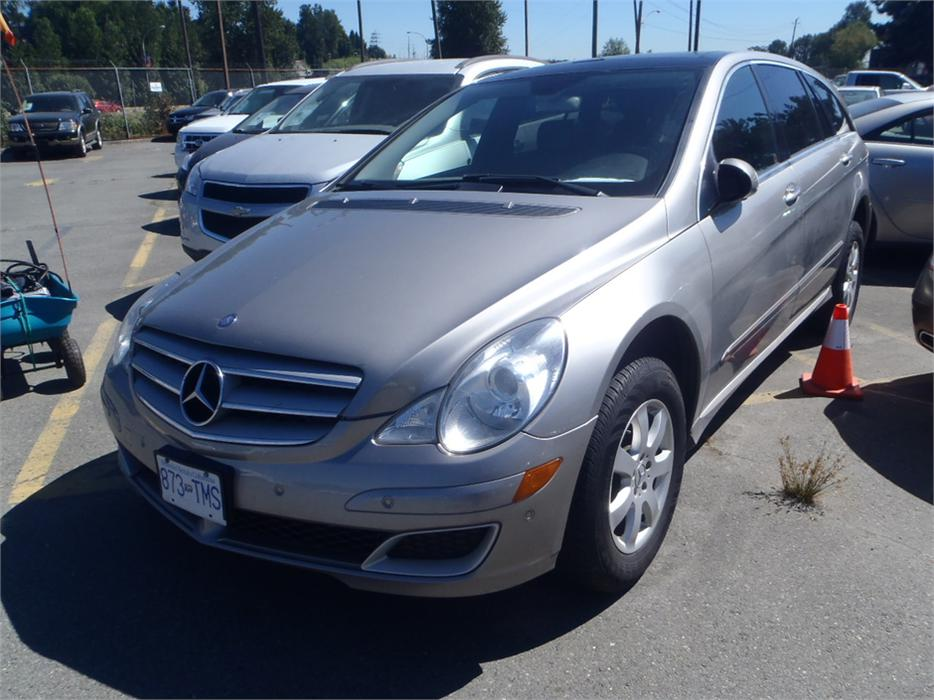2006 mercedes benz r class r350 awd outside victoria for Mercedes benz r350 2006