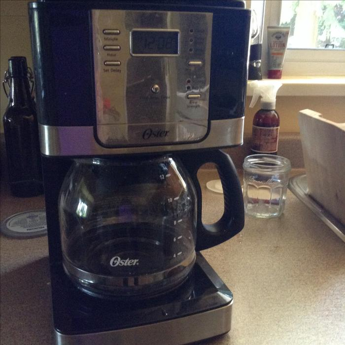 Oster Coffee Maker The Bay : oster 12 cup coffee maker Saanich, Victoria