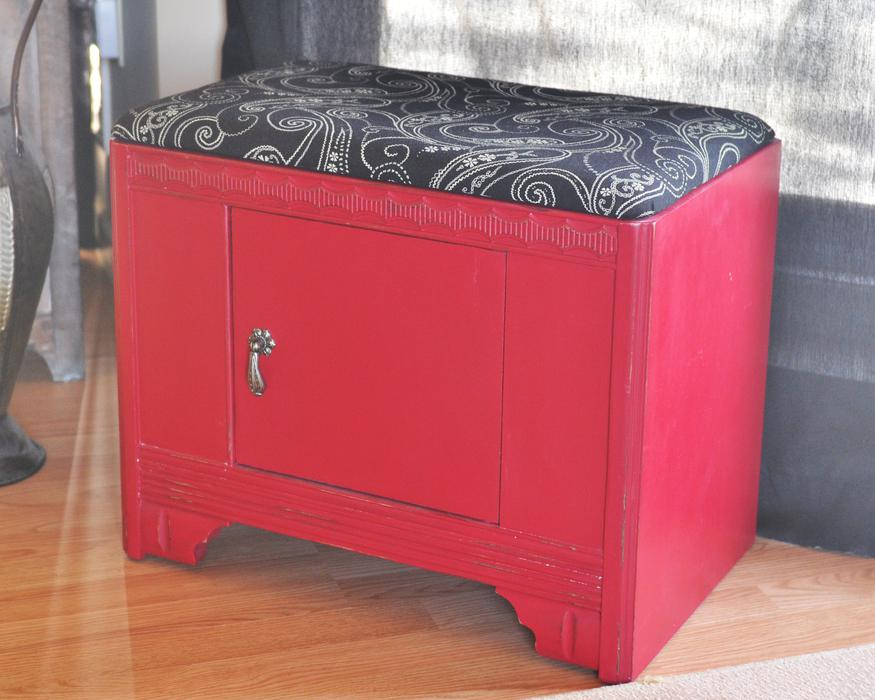 vanity storage bench victoria city victoria. Black Bedroom Furniture Sets. Home Design Ideas