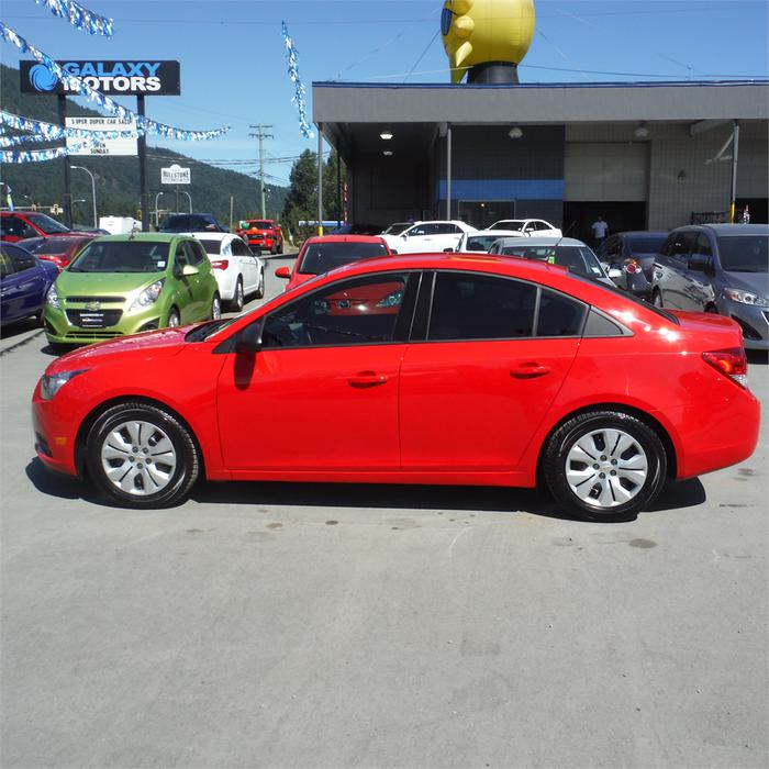 2014 chevrolet cruze ls manual new tires outside victoria victoria mobile. Black Bedroom Furniture Sets. Home Design Ideas