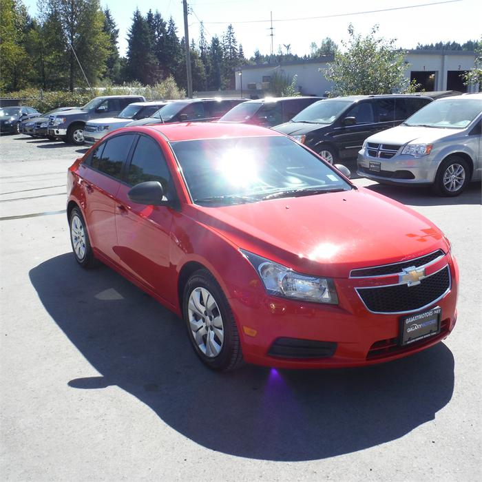 2014 chevrolet cruze ls manual new tires outside. Black Bedroom Furniture Sets. Home Design Ideas