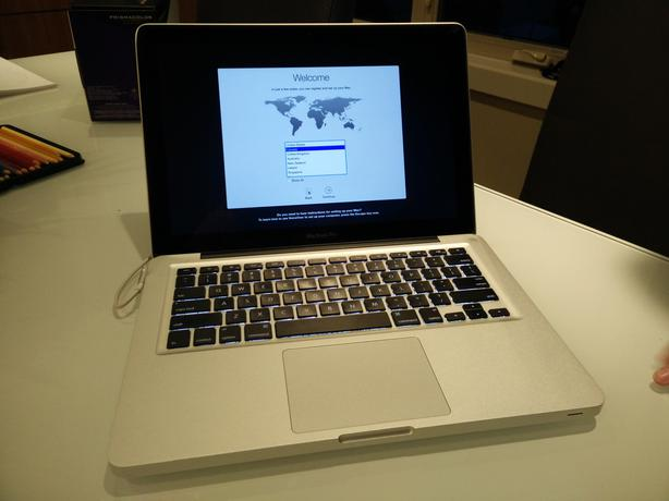 how to install new macbook pro hard drive