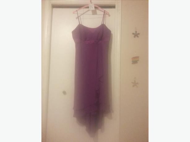 Very Nice Dress Only Wore Once For A Bridesmaid Victoria