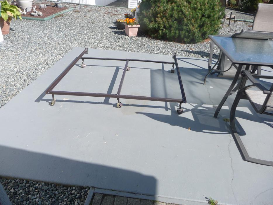 metal adjustable bed frame on castor wheels central nanaimo