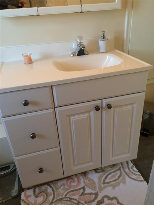 Bathroom vanity cabinet saanich victoria for Bathroom cabinets nanaimo