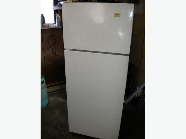 White Kenmore 12 Cu Ft Apartment Size Frost Free