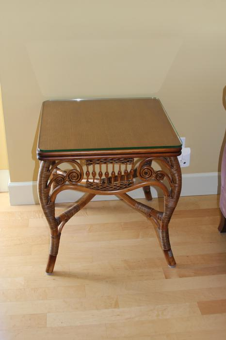Reduced high end exotic mahogany wood furniture victoria for Reduced furniture