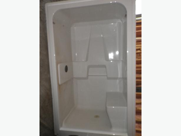 1 Piece Shower Stall Ladysmith Cowichan Mobile