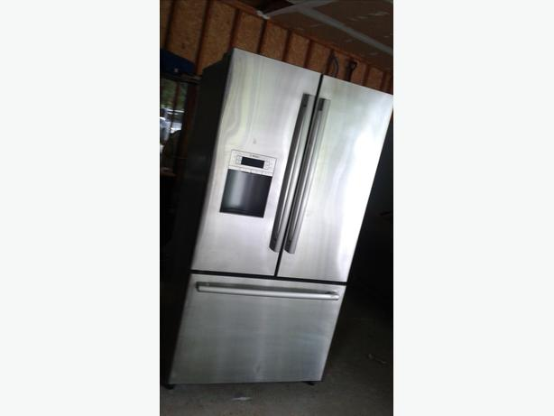 Bosh french door bottom freezer central ottawa inside for 1500 french doors