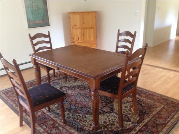 Dining room furnishings saanich victoria for Dining room table 42 x 60