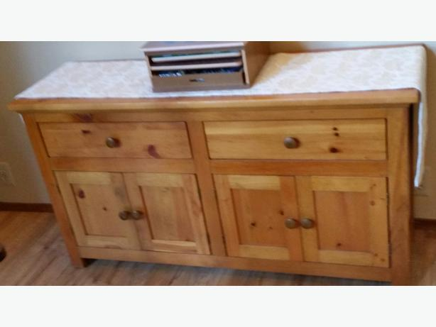 Handrafted (Solid) Pine Sideboard