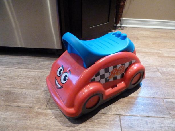 MEGA BLOK WHIRL 'N TWIRL RACE CAR