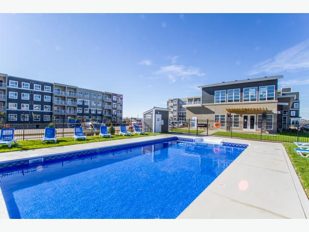 Sterling Manor 1 2 Bedroom Apartments One Month Free East Regina Regina Mobile