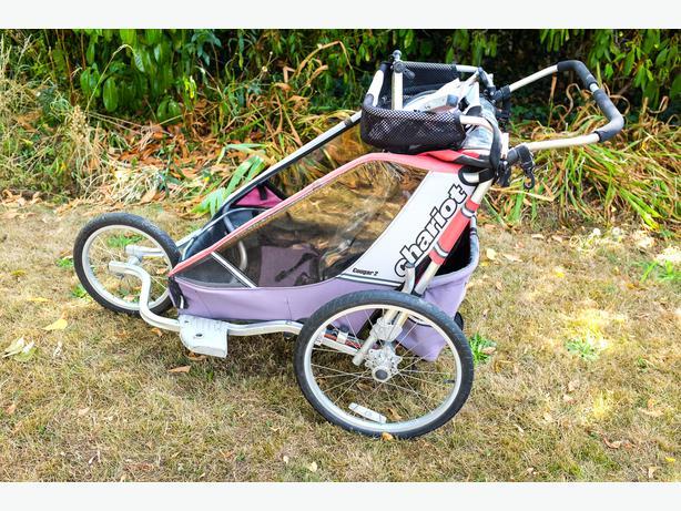 chariot cougar 2 double stroller bike trailer saanich. Black Bedroom Furniture Sets. Home Design Ideas