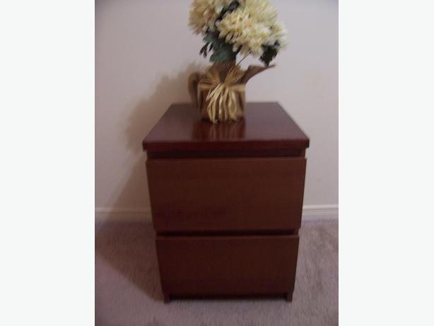 ikea malm red oak bedside table for sale i deliver. Black Bedroom Furniture Sets. Home Design Ideas