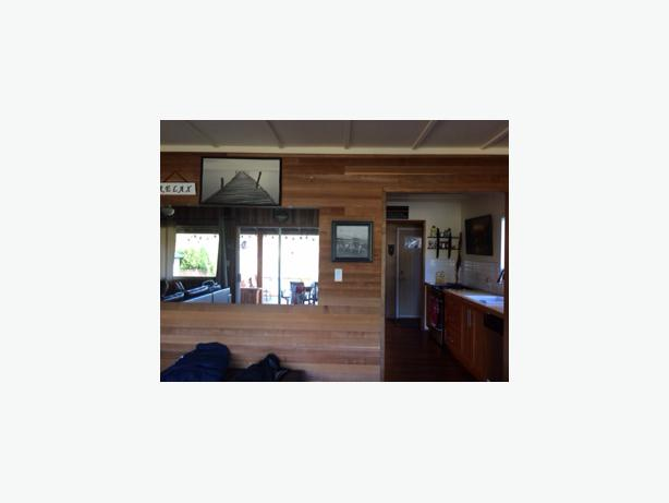 Short Term Furnished Rental Shawnigan Lake Front Malahat Including Shawnigan Lake Mill Bay
