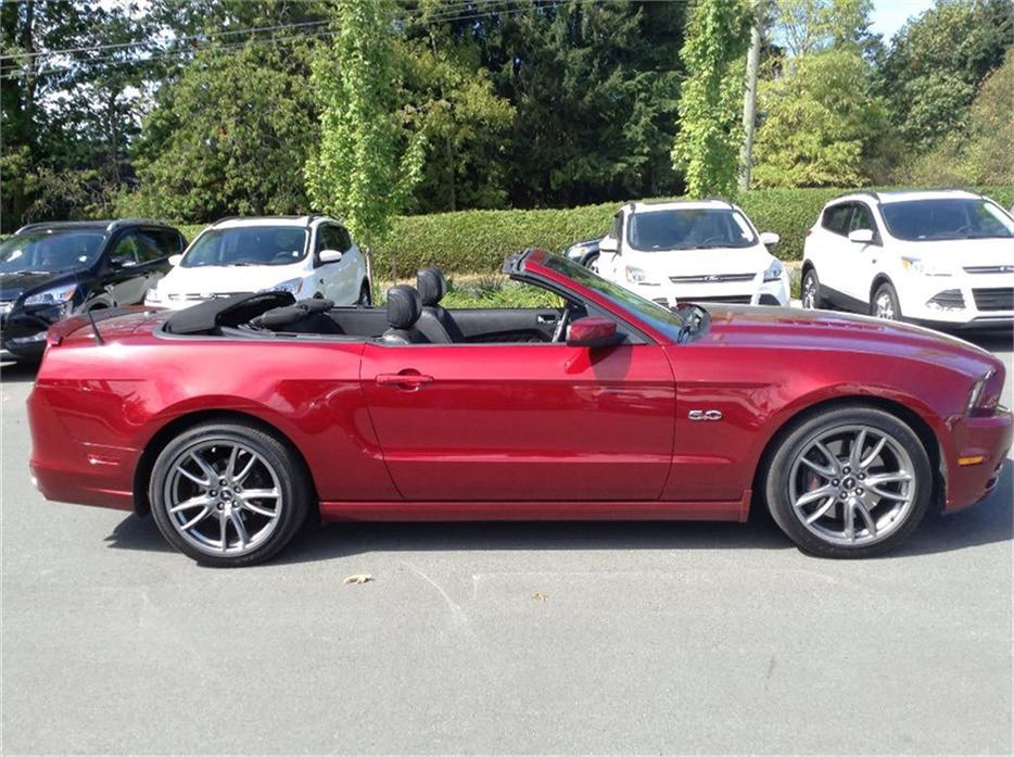 2014 Ford Mustang Gt 5 0 Litre Convertable Brembo Brakes No Outside Nanaimo Nanaimo