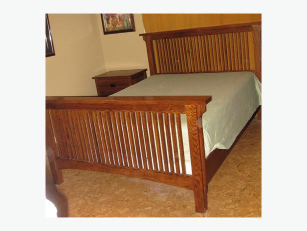 solid oak craftsman bedroom set queen size duncan cowichan