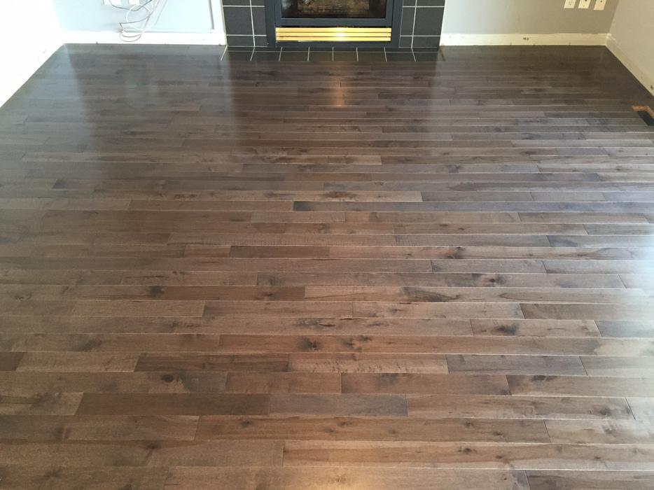 Sale new solid maple hardwood floors prefinished and for Hardwood flooring york region