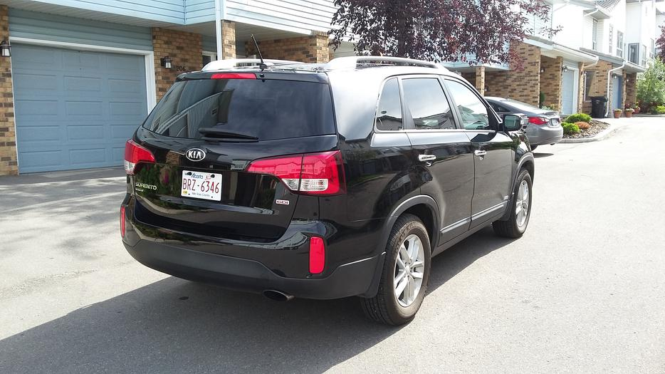kia sorento lx 2014 south west calgary mobile. Black Bedroom Furniture Sets. Home Design Ideas