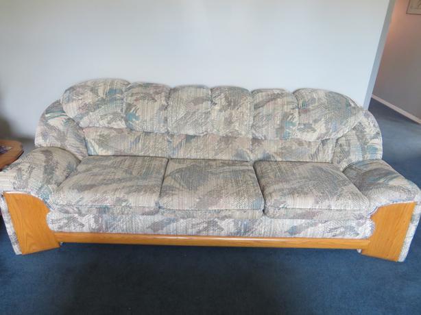 Sofa And Loveseat Excellent Condition Port Alberni Alberni