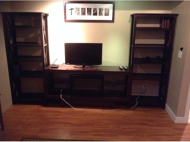 Electric Fireplace And Entertainment Unit Black Creek Comox Valley