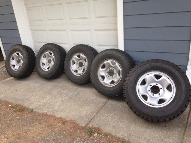 all terrain tires for toyota tacoma saanich victoria. Black Bedroom Furniture Sets. Home Design Ideas