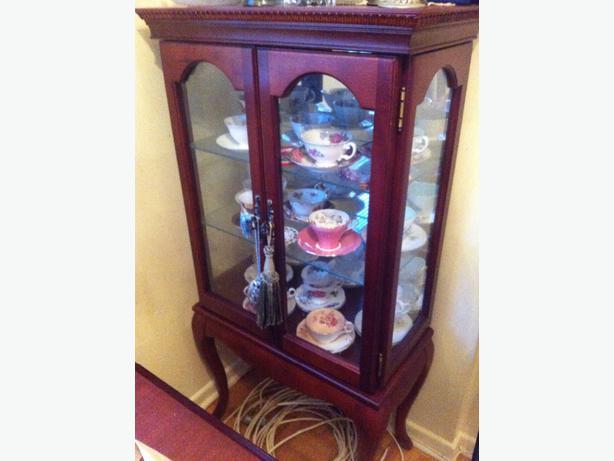 Mahogany cabinet gloucester ottawa for Bombay mahogany kitchen cabinets