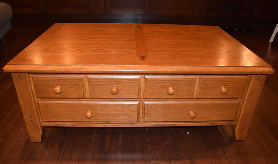 Coffee table and matching end tables east regina regina for Coffee tables regina