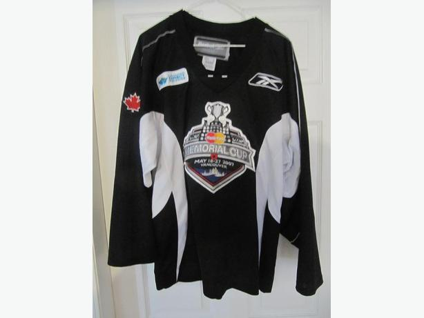2007 Memorial Cup Reebok/CCM Jersey. With shoulder patch. All Stitched. Men's M
