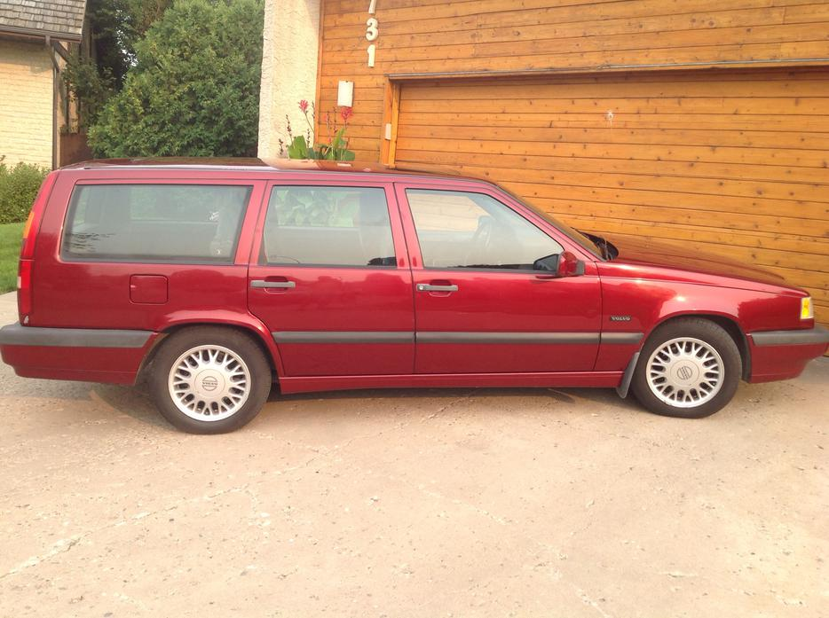 1994 volvo 850 station wagon east regina regina mobile. Black Bedroom Furniture Sets. Home Design Ideas