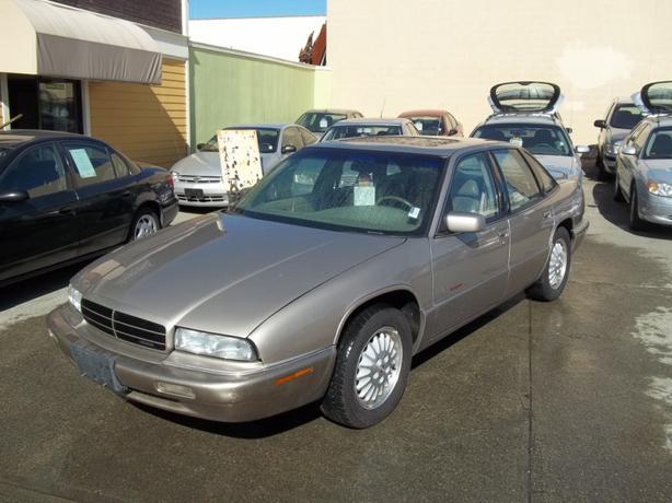 1996 buick regal gran sport auto 3800 series ii leather victoria city victoria. Black Bedroom Furniture Sets. Home Design Ideas