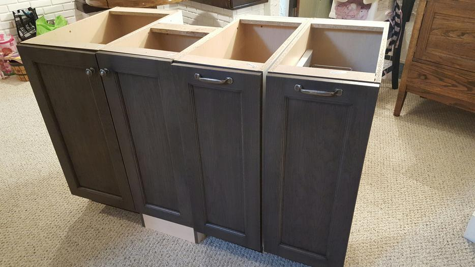 Weathered slate kitchen cabinets for Kitchen cabinets regina
