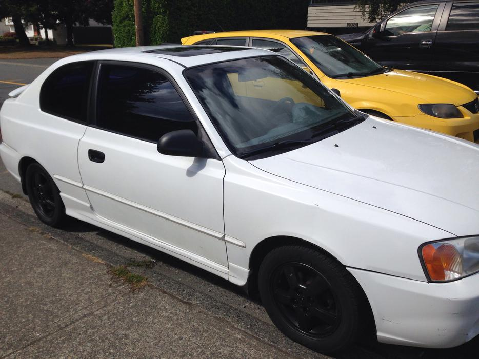 White Hyundai Accent Sporty Great Deal North