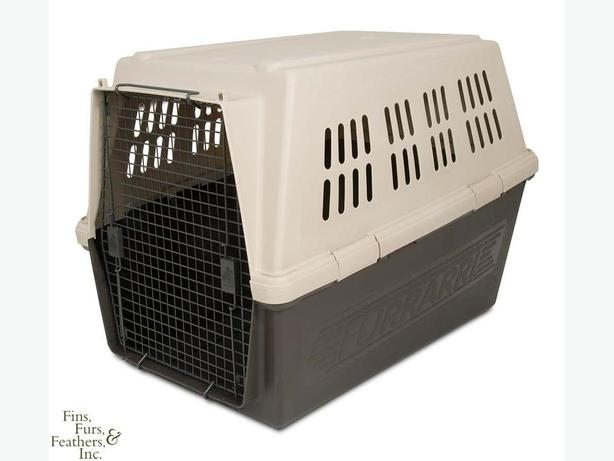 Furrari 250 Medium Dog Kennel/Crate/carrier-New Condition
