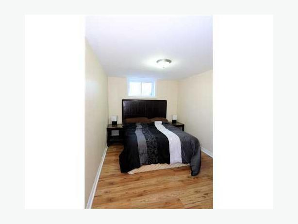 bedroom apartment close to algonquin nepean ottawa mobile