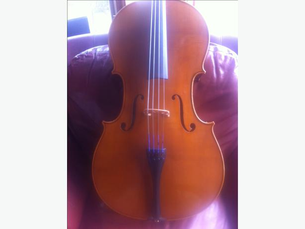 Excellent condition cello 4/4 (trades)?