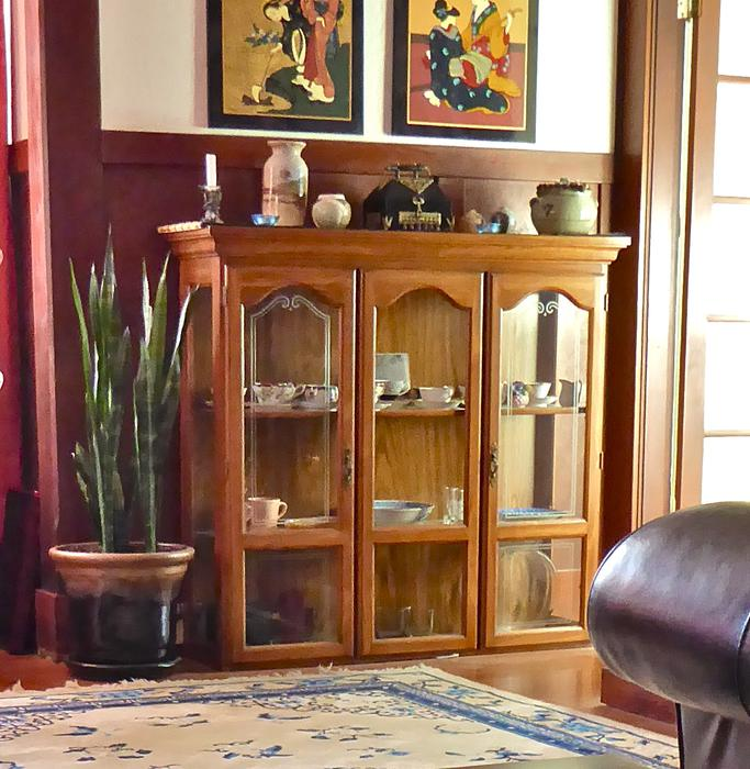 Dining room hutch duncan cowichan mobile for Dining room hutch canada