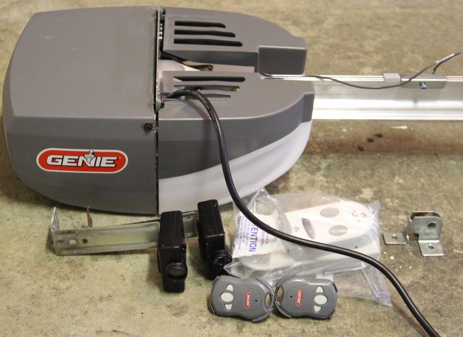 Genie Screw Drive Garage Door Opener Esquimalt Amp View