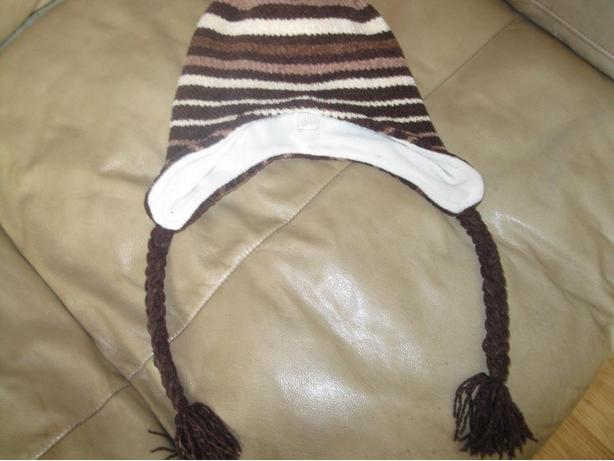 GIrls Hat with Tassels - $5