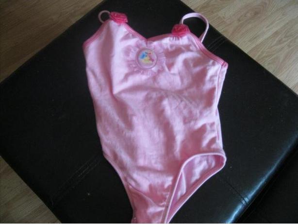 Girls DISNEY 1piece bodysuit - size 5