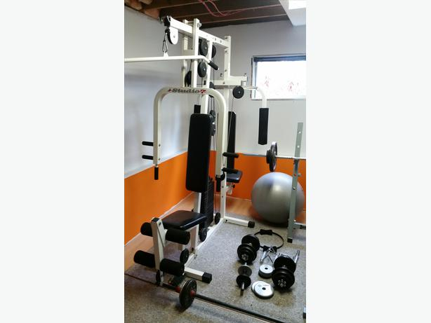 Studio universal home gym and bench press with free