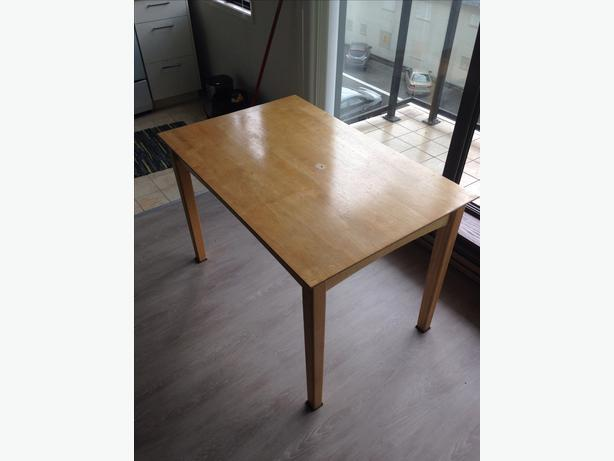 Oak dining table Victoria City Victoria : 48814921614 from www.usedvictoria.com size 614 x 461 jpeg 22kB