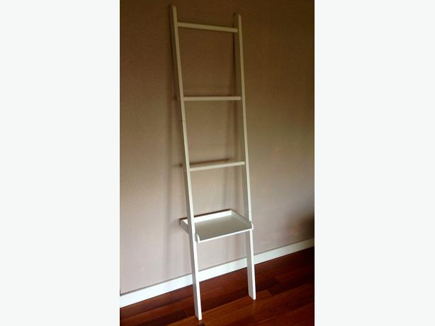 Ikea ladder towel rack and shelf victoria city victoria for Ikea towel stand