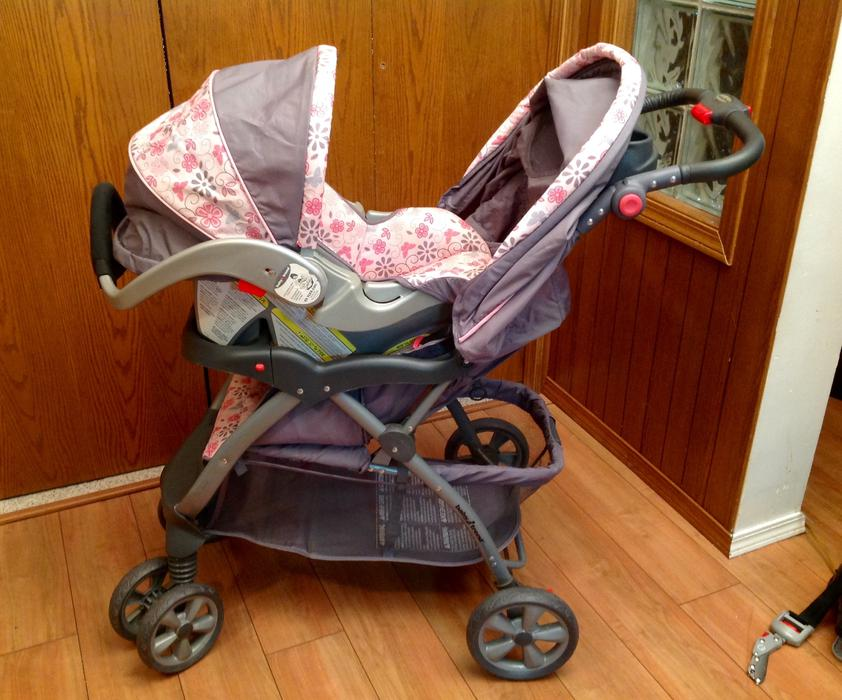 baby trend stroller car seat combo east regina regina. Black Bedroom Furniture Sets. Home Design Ideas